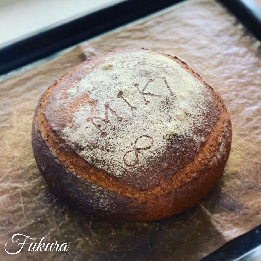 一升パン(miki)
