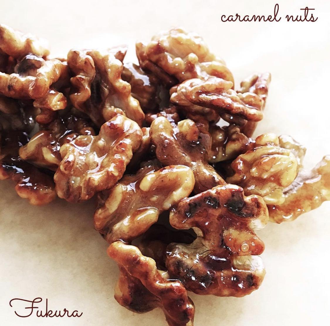クルミで作ったキャラメルナッツ