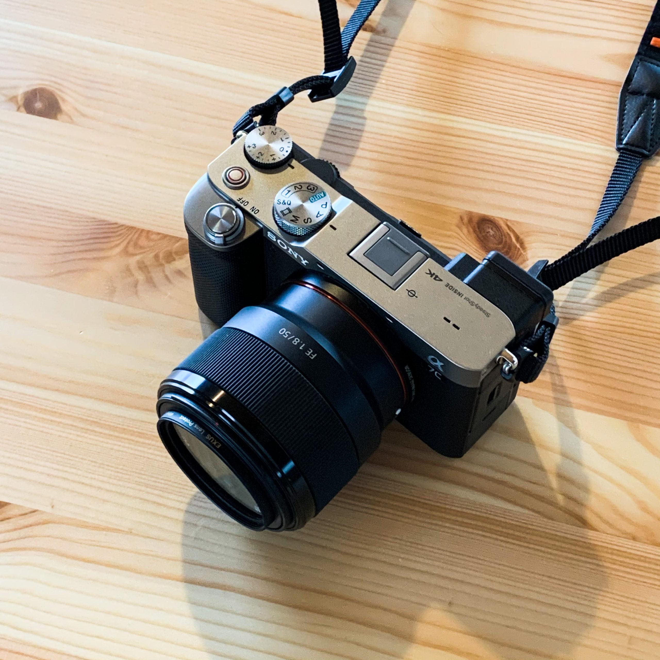 愛用のミラーレス一眼カメラ α7c