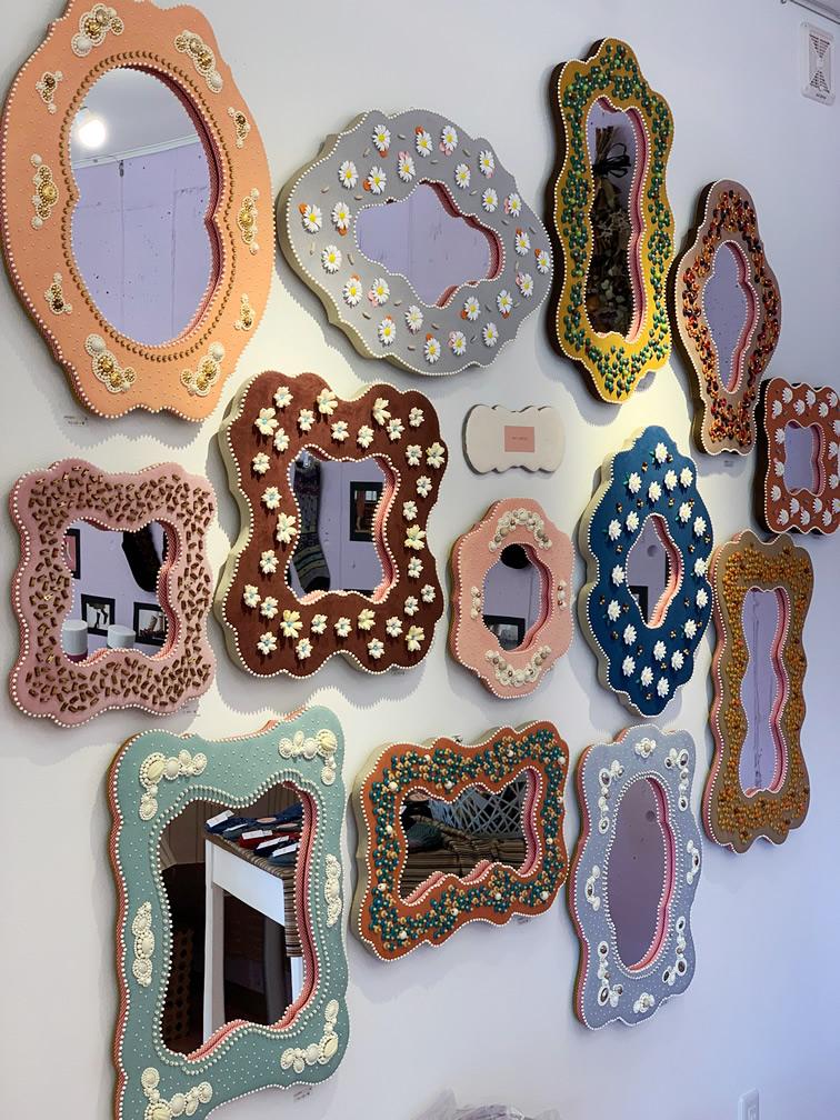 MIII ESPEJOのウォールミラー(鏡の靴下展vol3)