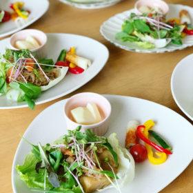 FUKURA定番のお野菜プレート(肉じゃがサラダ)