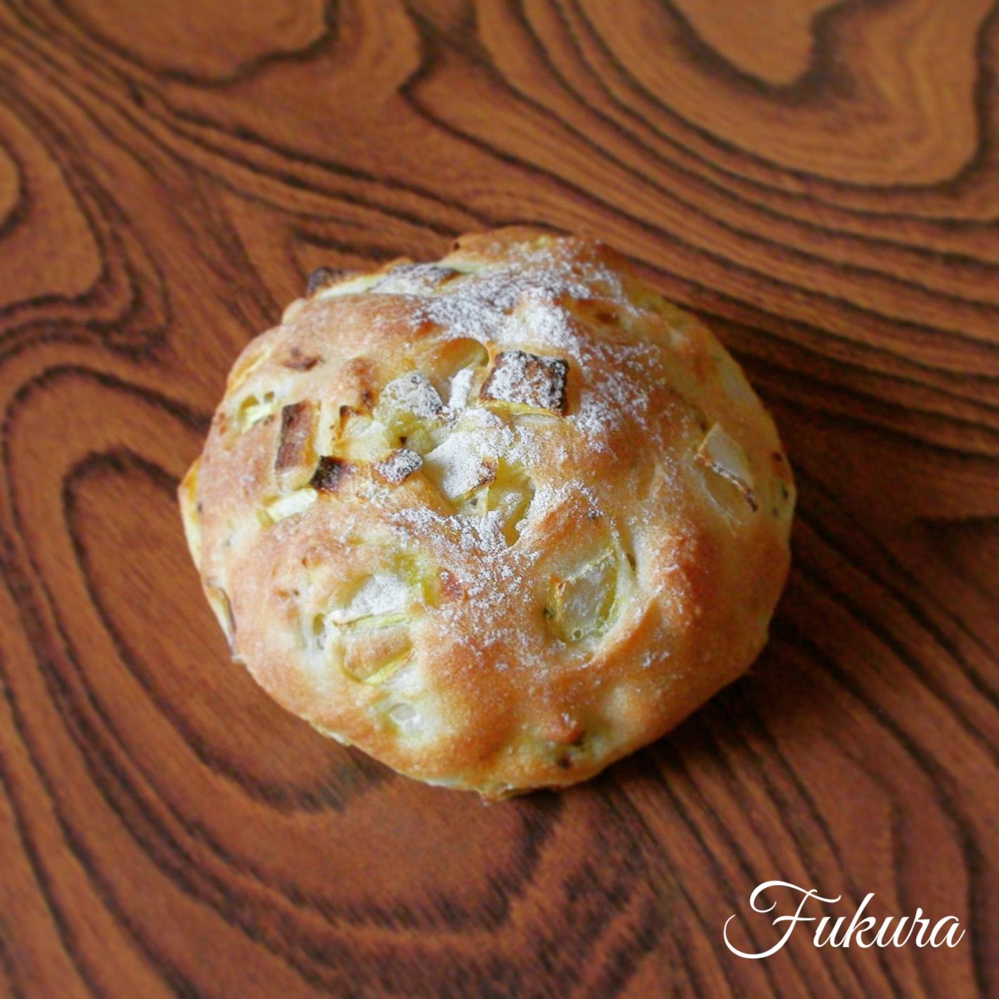 淡路島のたまねぎパン